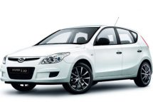 Hyundai i30 for hire at Premier Car Rentals, Hope Island, Runaway Bay, Coomera, Gold Coast